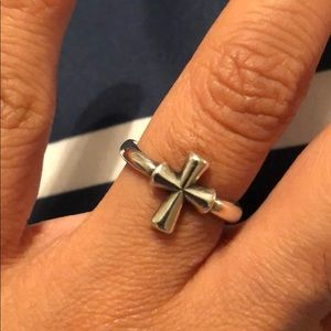 Jewelry - James Avery ring